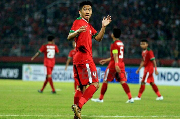 Samuel Christianson saat turun berlaga membela timnas U-19 Indonesia melawan timnas U-19 Singapura di Stadion Gelora Delta Sidoarjo, Selasa (3/7/2018).