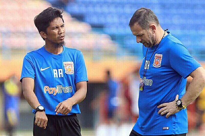 Asisten pelatih Borneo FC, Ahmad Amiruddin.
