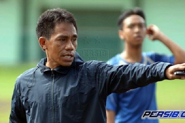Pelatih Persib Bandung U-19, Budiman Yunus.