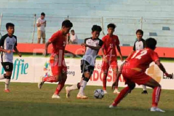 Pertandingan semifinal Piala AFF U-19 2018 antara Thailand dan Myanmar di Stadion Gelora Delta Sidoarjo, Kamis (12/7/2018).