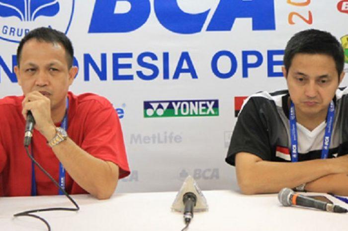 Rexy Mainaky (kiri) dan Ricky Subagja (kanan) saat konferensi pers Indonesia Open 2017 di Jakarta Co