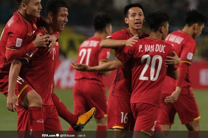 Para pemain timnas Vietnam merayakan gol mereka di Piala Asia 2019.