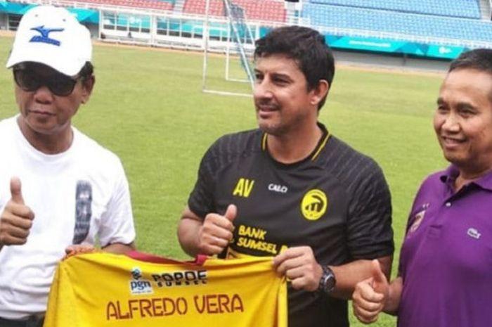 Pelatih Sriwijaya FC, Alfredo Vera