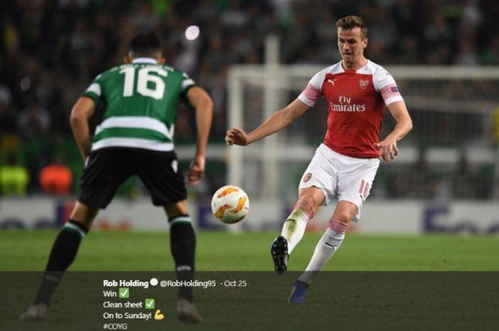 Bek Arsenal Rob Holding, sedang beraksi dalam laga penyisihan Grup E Liga Europa kontra Sporting CP, pada 25 Oktober 2018 di Emirates Stadium.