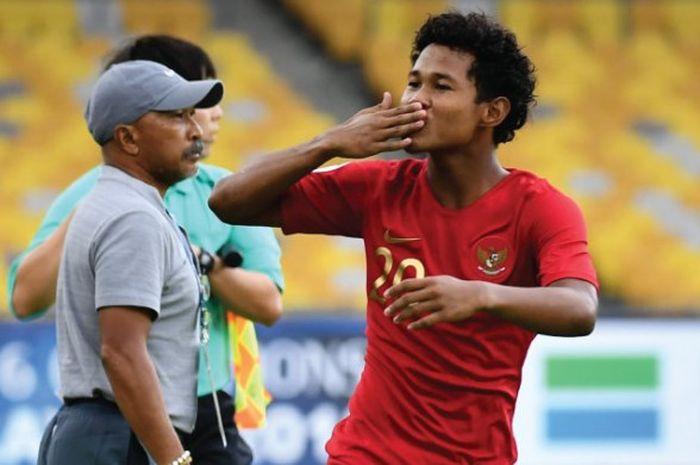 Selebrasi striker timnas U-16 Indonesia, Amiruddin Bagus Kahfi Alfikri saat mencetak gol ke gawan