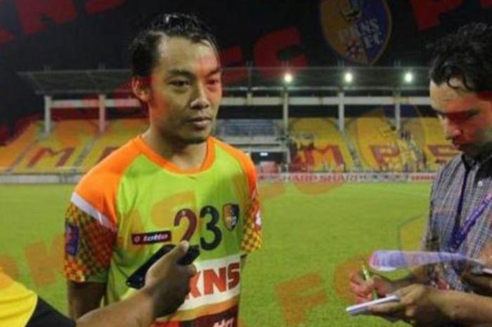 Hamka Hamzah Hanya Bertahan Satu Musim Bersama PKNS  FC yang Berlaga di Liga Malaysia, Hamka Hengkang Lantaran Tak Kerasan dengan Praktik Pengaturan Skor