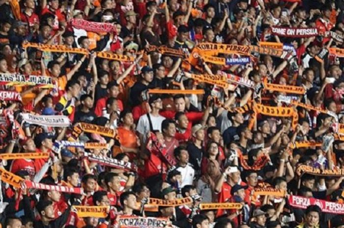 The Jakmania pada Laga Persija vs Arema FC, Sabtu (31/3/2018) di Stadion Utama Gelora Bung Karno (SUGBK) Jakarta.