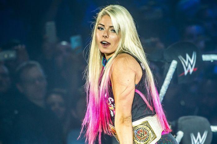 Pegulat WWE, Alexa Bliss, memenangi Elimination Chamber pertama yang digelar untuk atlet perempuan,