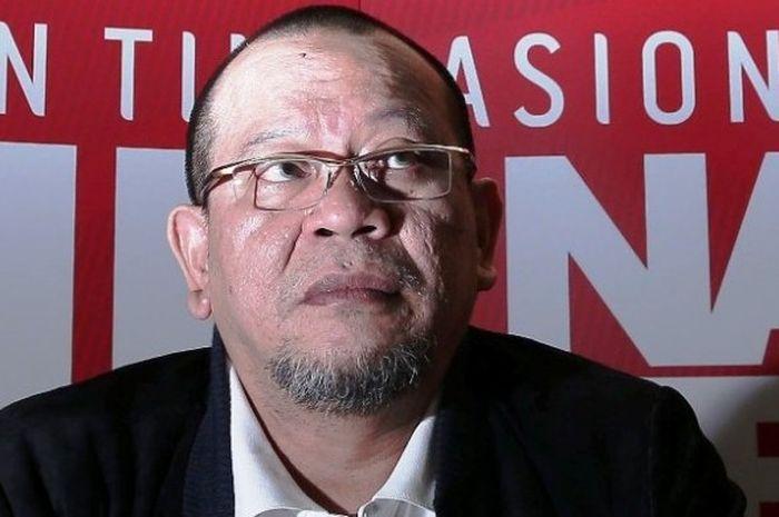 Ketua Umum PSSI, La Nyalla Mattalitti, saat ini berstatus tersangka untuk kasus terkait dana hibah Kadin Jawa Timur.