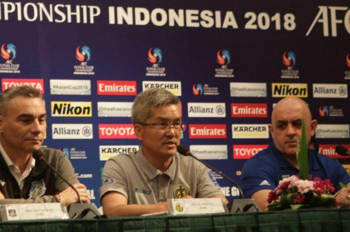 Pelatih klub futsal Jeonju MAG, Lee Young-jin, berbicara dalam jumpa pers persiapan laga AFC Klub Futsal 2018.