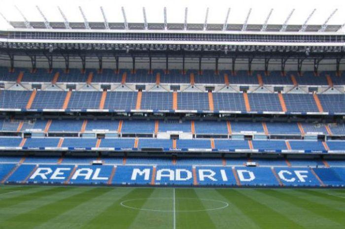 Loh Ada Seragam Timnas Indonesia Di Stadion Santiago Bernabeu Real Madrid Ada Apa Ya Bolasport Com