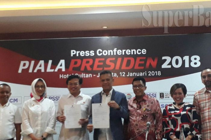Suasana konferensi pers Piala Presiden 2018 di Hotel Sultan, Jakarta, Jumat (12/1/2018).