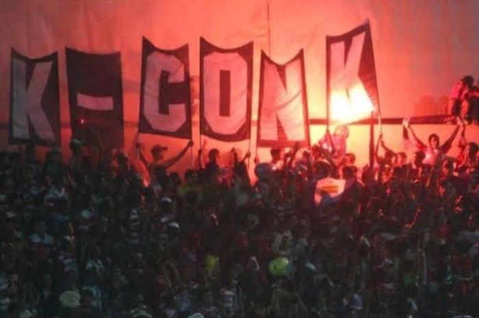 Fans setia Madura United, K-Conk Mania, diharapkan manajemen klub yang didukung jadi kelompok suport