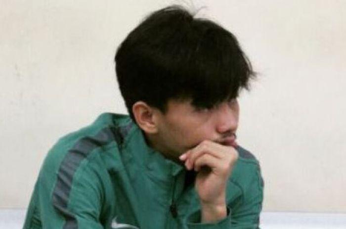 Muhammad Iqbal kala berlatih bersama timnas U-19 Indonesia.