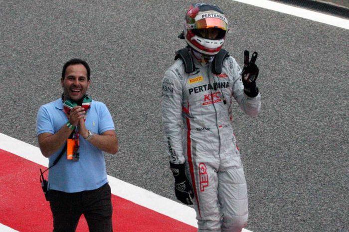 Sean Gelael seusai menyelesaikan Feature Race Formula 2 di Sirkuit Sakhir, Bahrain, Sabtu (7/4/2018), di mana dia finis di posisi tujuh.