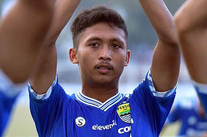 Pemain muda Persib Bandung, Ilham Qolba saat tampil melawan PSKC Kota Ciamis dalam laga 128 besar Piala Presiden 2018 di Stadion Wiradadaha, Kota Tasikmalaya, Rabu (15/8/2018).