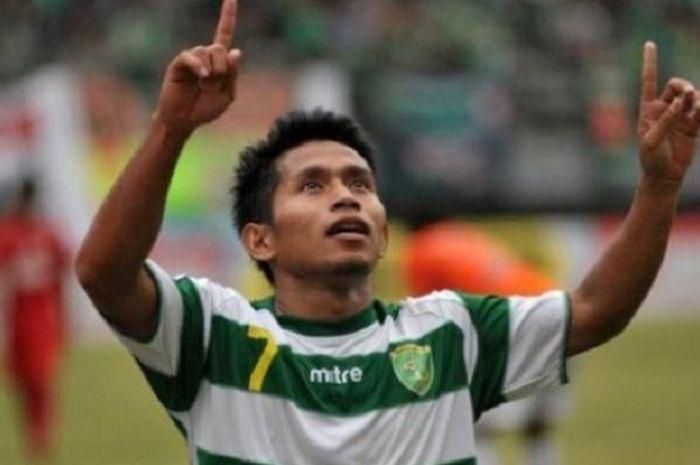 Andik Vermansah saat masih berbaju Persebaya Surabaya.