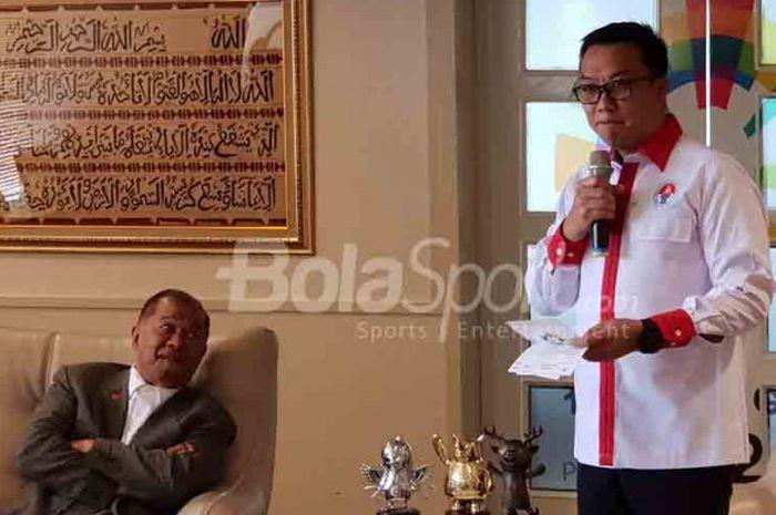 Menteri Pemuda dan Olahraga, Imam Nahrawi, berbicara dalam acara pemberian penghargaan di Kantor Kemenpora.