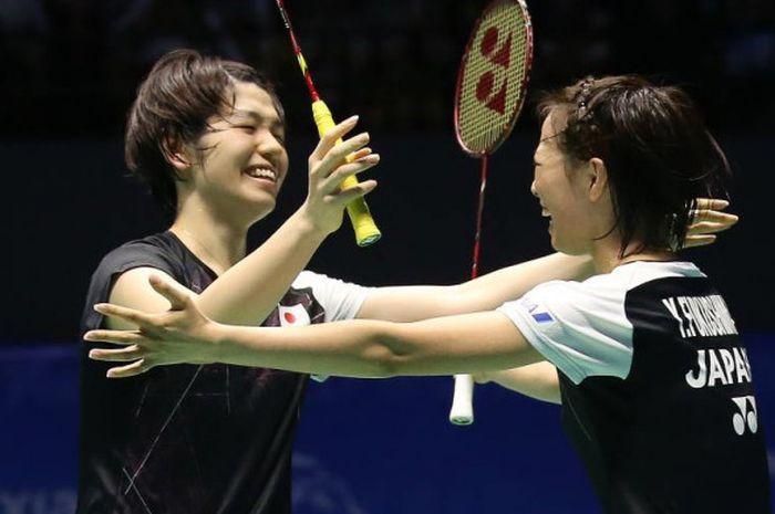 Sayaka Hirota (kiri) dan Yuki Fukushima, ganda putri asal Jepang