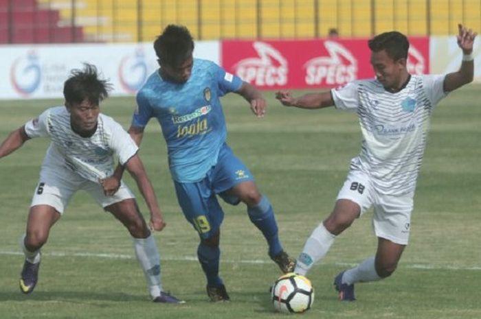 Yoga Pratama, gelandang muda milik PSIM Yogyakarta, mendapat kesempatan untuk memperkuat timnas U-22 Indonesia menjelang Piala AFF U-22 2019