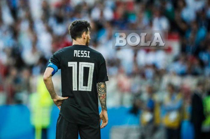 Ekspresi megabintang Argentina, Lionel Messi, dalam laga Grup D Piala Dunia 2018 melawan Islandia di Spartak Stadium, Moskow, Rusia pada 16 Juni 2018.