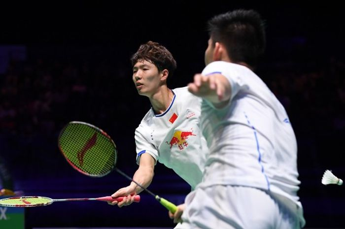 Li Junhui/Liu Yuchen (China) saat bertanding melawan pasangan ganda putra Indonesia, Marcus Fernaldi