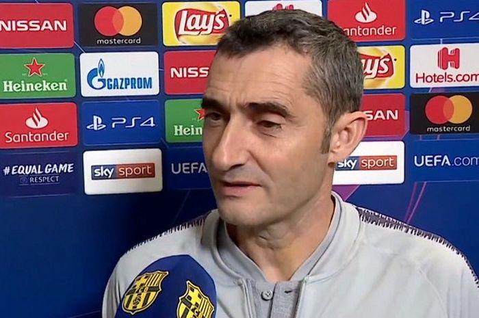 Pelatih FC Barcelona, Ernesto Valverde dihadapkan pada masalahdengan minimnya stok untuk posisi bek sayap kiri