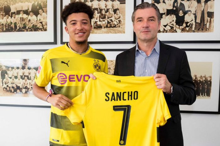 Borussia Dortmund merekrut Jadon Sancho dari Manchester City, Kamis (31/8/2017)