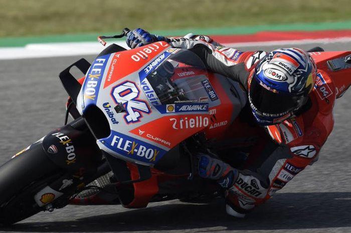 Andrea Dovizioso saat memacu motor Ducati-nya pada sesi latihan bebas MotoGP San Marino2018  yang berlangsung di Sirkuit Misano, Jumat (7/9/2018).