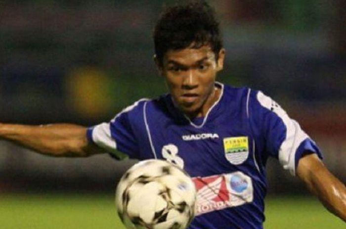 Eka Ramdani saat memperkuat Persib Bandung.