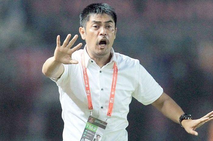 Pelatih baru PS Tira, Nil Maizar