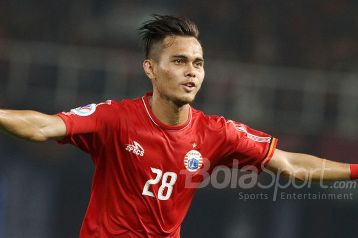 Bek Persija Jakarta Rezaldi Hehanussa selebrasi seusai mencetak gol ke gawang Tampines Rovers, Rabu (28/2/2018).