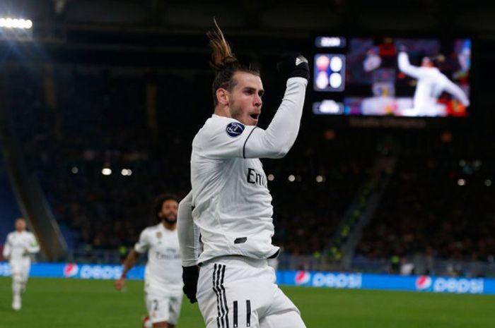 Rekan satu tim Gareth Bale di Real Madrid, Marcelo, mengungkapkan jika Bale hanya berbicara bahasa Inggris dan tidak bisa berbicara di ruang ganti klub.