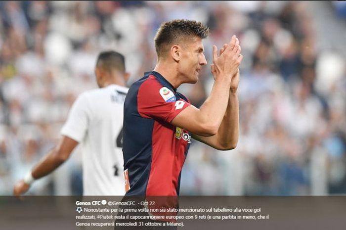 Striker Genoa, Krzysztof Piatek, dalam laga giornata 9 Liga Italia kontra Juventus, Sabtu (20/10/2018) di Stadion Allianz Turin.