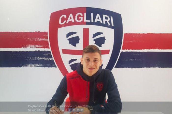 Gelandang Cagliari, Nicolo Barella, dikabarkan menjadi incaran Arsenal.