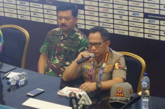 Kepala Kepolisian Negara Republik Indonesia, Tito Karnavian, saat menghadiri sesi konferensi pers di Main Press Center Asian Games 2018, di Jakarta Convention Center (JCC), Senayan, Sabtu (18/8/2018).