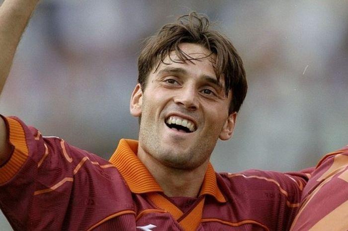 selebrasi Vincenzo Montella dalam laga Serie A antara Fiorentina kontra AS Roma  di Artemio Franchi Stadium 860d2b4873f7