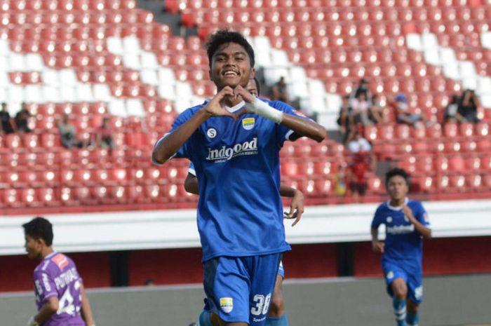 Pemain Persib Bandung, Saiful.