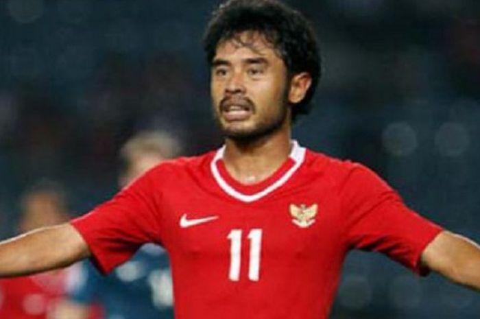 Ponaryo Astaman Resmi Merapat ke <a href='https://manado.tribunnews.com/tag/borneo-fc' title='BorneoFC'>BorneoFC</a> - Bolasport.com