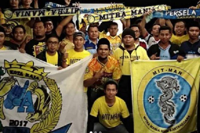 Suporter Mitra Kukar, Mitman, yang siap mendukung perjuangan Naga Mekes di Batakan.