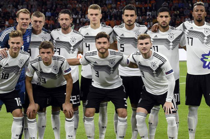 Sebelas starter timnas Jerman saat menghadapi Belanda di laga UEFA Nations League di Amsterdam Arena, 13 Oktober 2018.