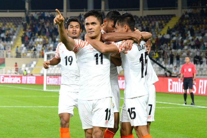 Kapten India, Sunil Chhetri usai mencetak gol ke gawang Thailand dalam pertandingan matchday 1 Piala Asia 2019 di Stadion An Nahyan, Qatar, Minggu (6/1/2019).