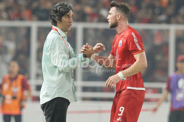 Stefano Cugurra (kiri) dan Marko Simic saat laga Persija Jakarta kontra Tampines Rovers dalam ajang Piala AFC 2018.