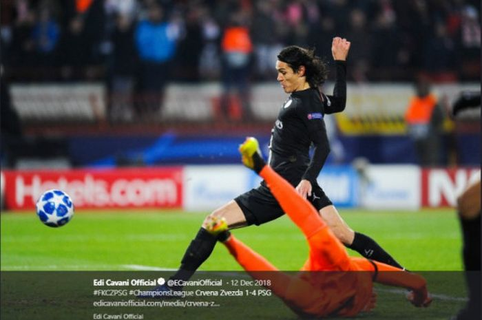 Striker Paris Saint-Germain (PSG), Edinson Cavani, dihantam cedera seusai mengantar timnya PSG menang atas Bordeaux dalam lanjutan liga Prancis.
