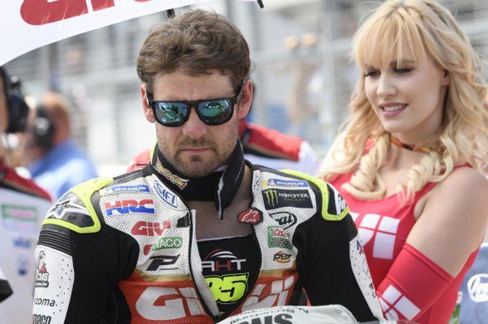 Cal Crutchlow saat bersiap menjalani balapan MotoGP Jerman di Sirkuit Sachsenring, Jerman.