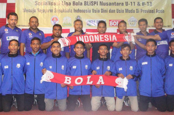 Sebagian dari 50  pemain yang masuk seleksi untuk berlaga di Turnamen Pelajar U-15 Manado tahun depan.