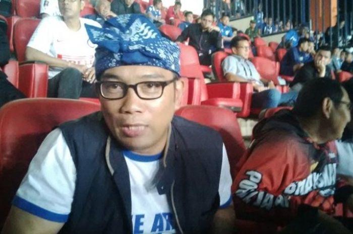 Gubernur Jawa Barat, Ridwan Kamil, Menonton Pertandingan Persib di Stadion Gelora Bandung  Lautan Api (GBLA)