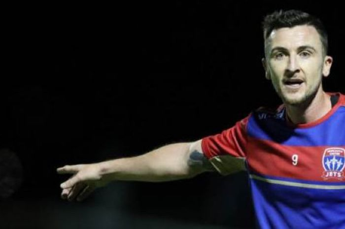 Striker Newcastle Jets, Roy O'Donovan.