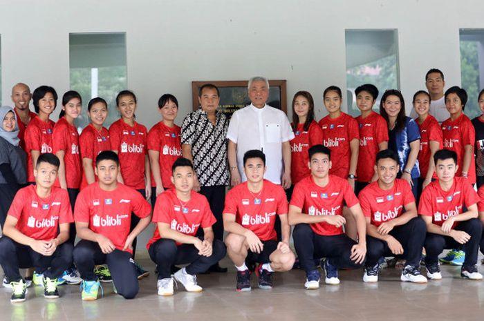 Pelepasan para pebulu tangkis muda Indonesia yang akan bertanding pada Kejuaraan Dunia Junior, di Pelatnas PBSI, Cipayung, Jakarta, Senin (29/10/2018).