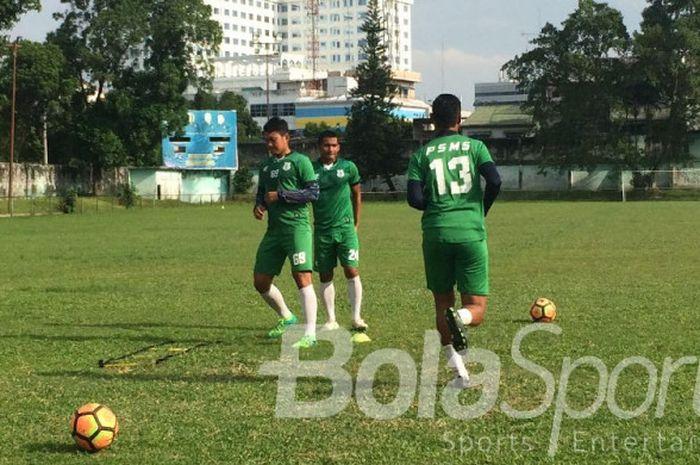 Suasana latihan PSMS Medan.